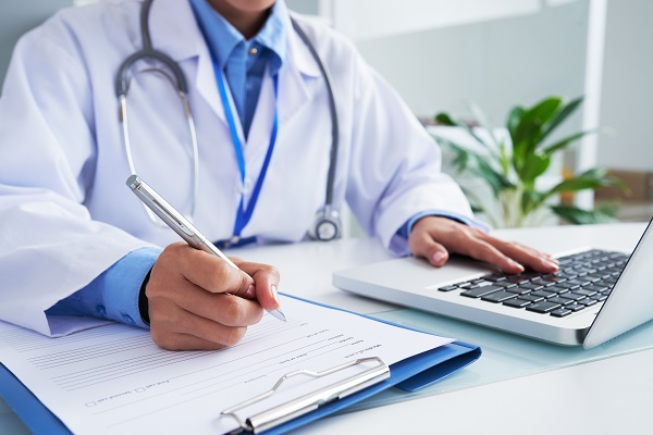 Medico_exame_admissional